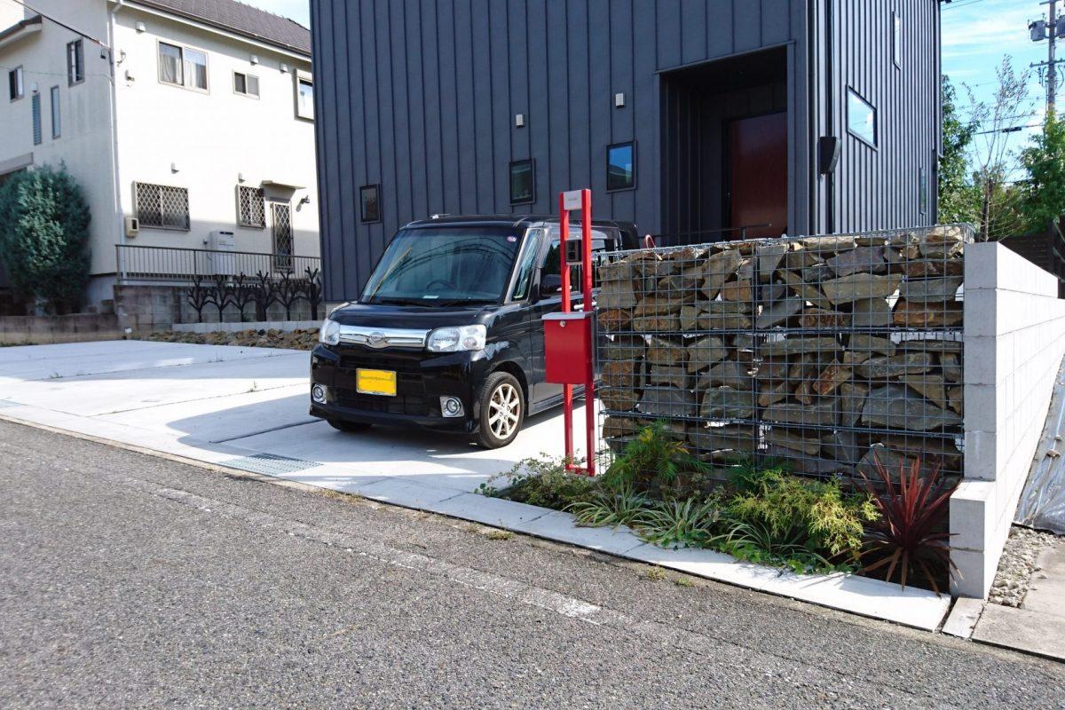 みよし市 S 様邸 新しい石の壁